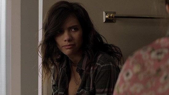 Sohvi Rodriguez as Mia Bentinez from Animal Planet.