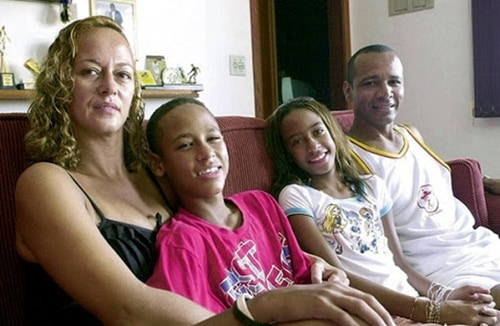 Young Neymar spending some good time with his family.