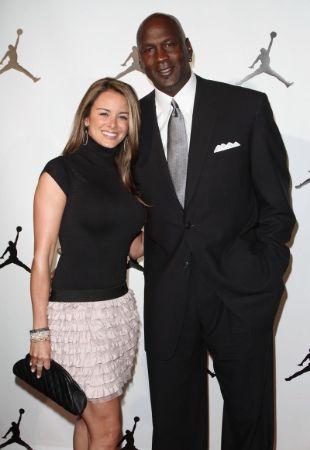 Michael Jordan [2021 Update]: Relationships, Controversies ...