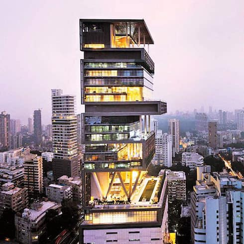 Antilia-one-of-the-most-expensive-houses