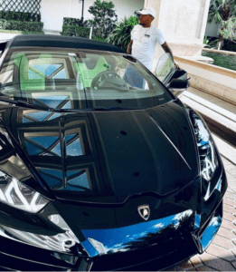 Bow Wow in his Car.