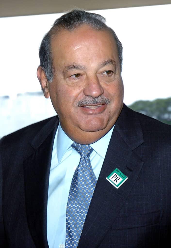 Carlos Slim poses.