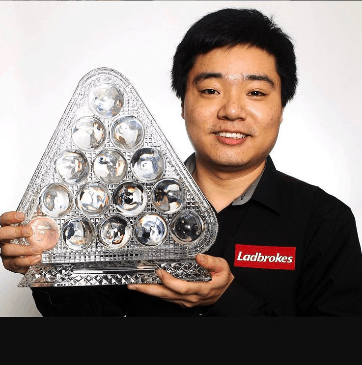 Ding Junhui with his Trophy