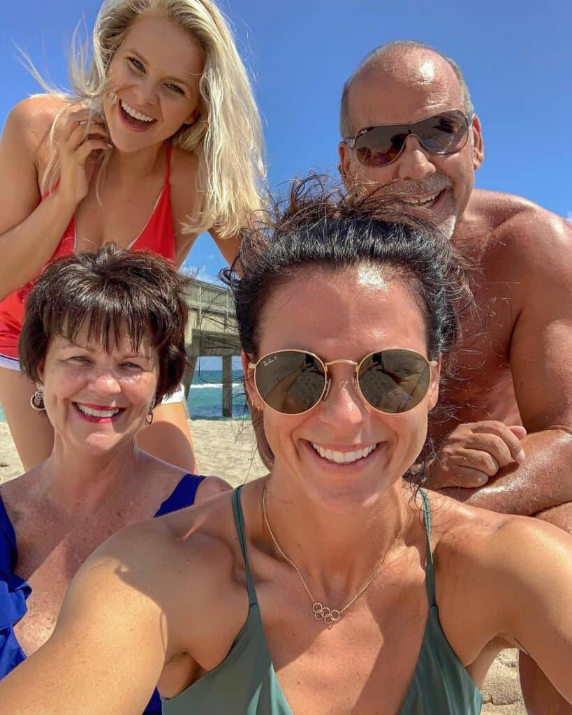 Brittany-Bowe-with-family