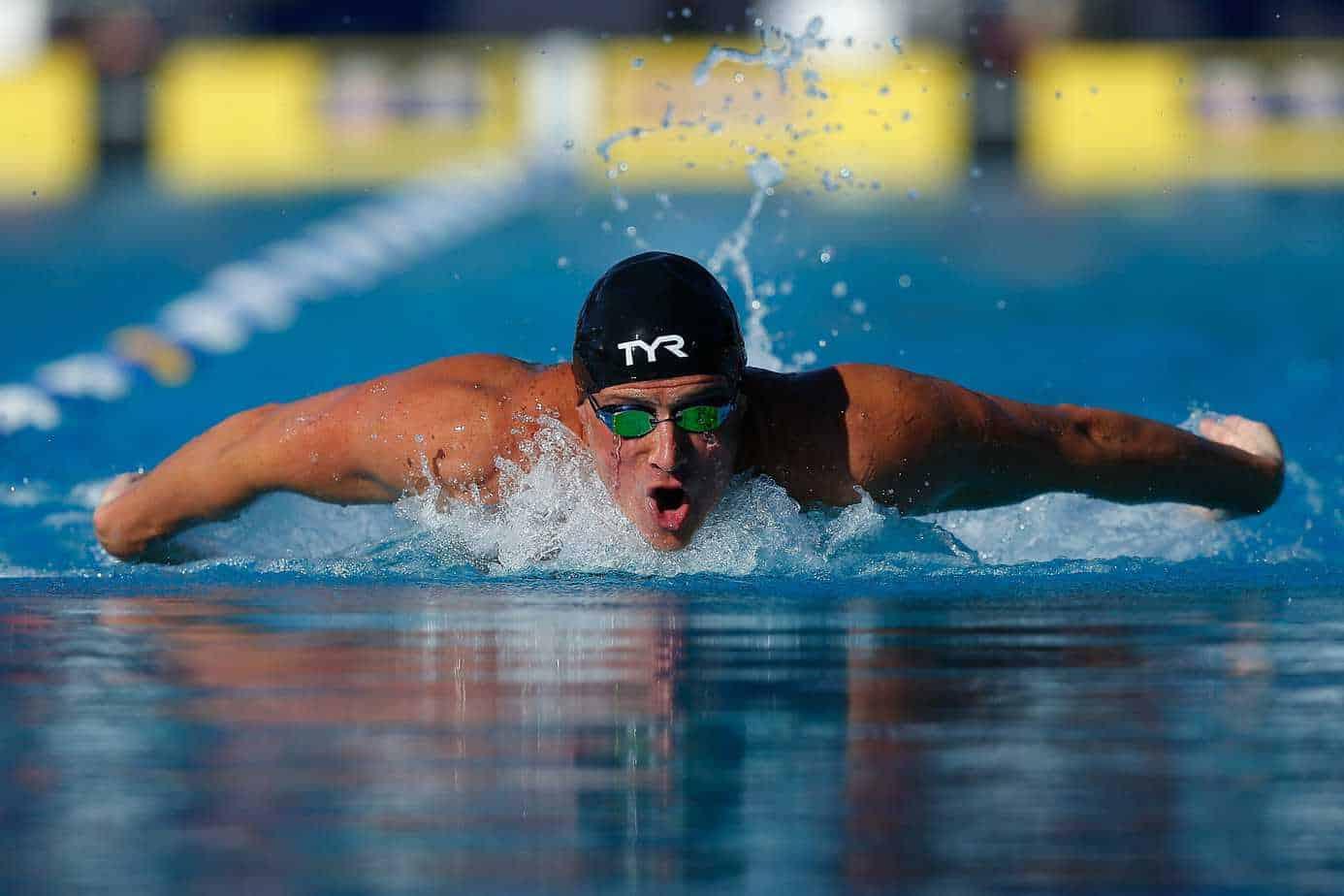 Ryan Lochte swimming