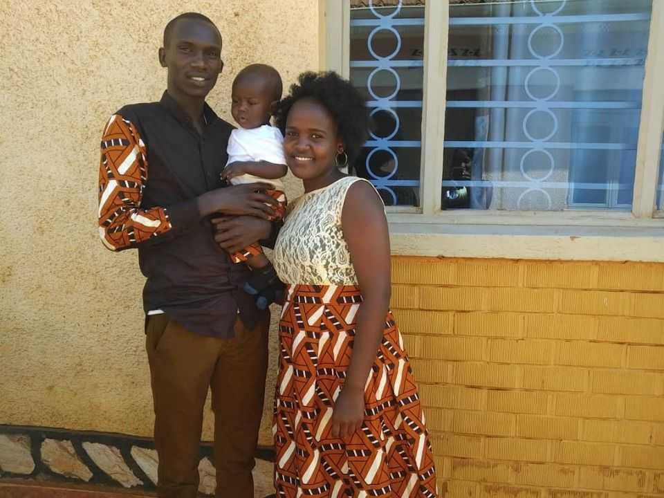 joshua-with-his-wife-and-kid