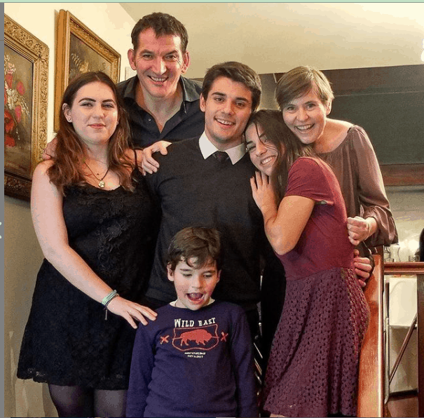 Pyrros Dimas with his family.