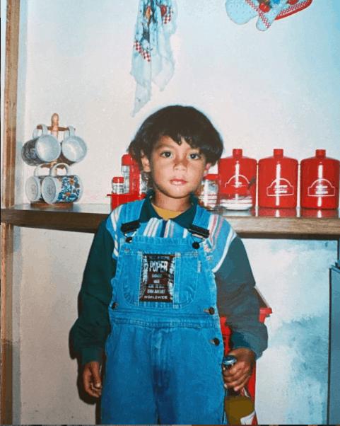 Wayde van Niekerk's childhood photo.