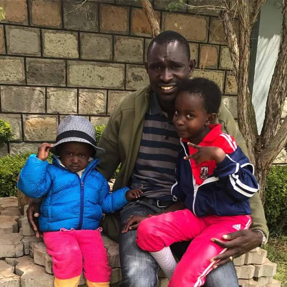 david-rudisha-with-his-daughters