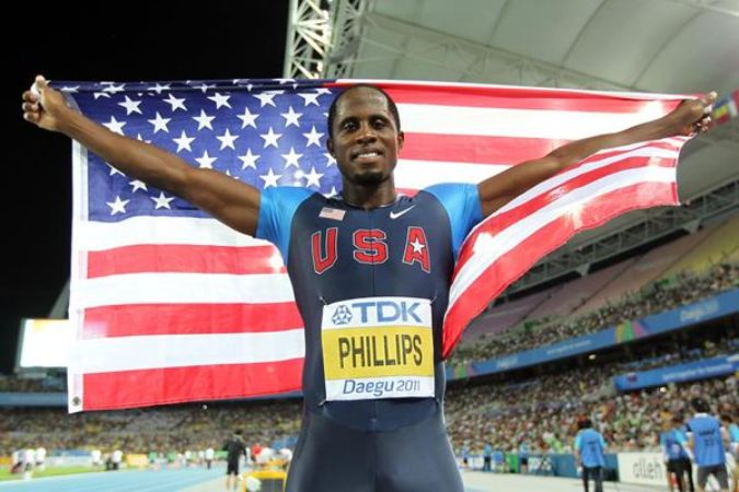 Dwight waving American Flag
