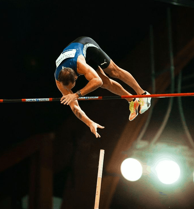 Renaud Lavillenie on the field performing