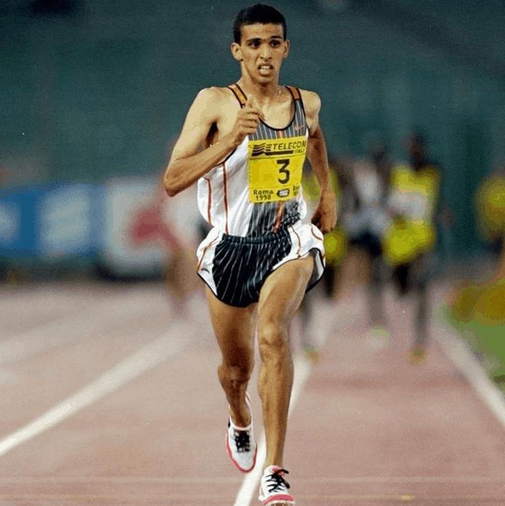 Hicham El Guerrouj running on the field
