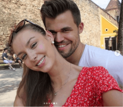 Carlsen with his girlfriend